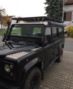 Land Rover Defender 110 UPRACKS roofrack - dakrek 285 X 148 cm. hoog model