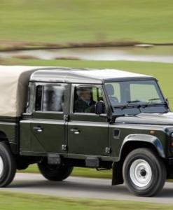 Land Rover defender 130 crewcab 4 deurs UPRACKS roofrack - dakrek 179 X 129 cm.