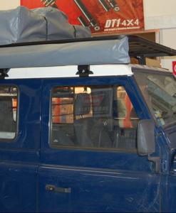 Land Rover Defender 90 UPRACKS roofrack - dakrek 214 X 148 cm. hoog model
