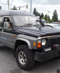 Nissan Patrol Y60 - 5 deurs - hoog dak- UPRACKS roofrack - dakrek 214 X 129 cm.